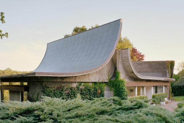 Maison Bordeaux-Le Pecq, Claude Parent architecte, Photographie Laurent Kronental 2019 - courtesy architecture de collection
